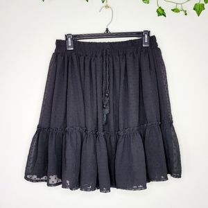 Mini skirt flowy black
